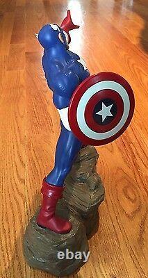 Avenger's Captain America Statue, Hard Hero, Vandable, Ltd Ed, Mint Condition