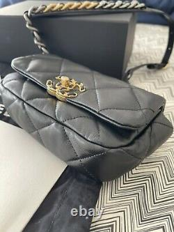 CHANEL 19 quilted black leather lambskin waist/belt bag. RARE! Ex. Condition