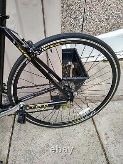 Carrera tdf ltd road pro road bike 54 cm medium frame excellent condition