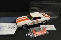 FRANKLIN MINT Chevrolet Camaro 1969 Indy 500 Ltd Ed 124 Mint Condition (233)