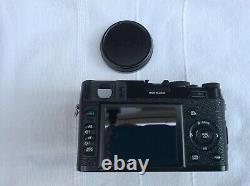 Fujifilm x100 Limited Edition Set In Excellent Condition
