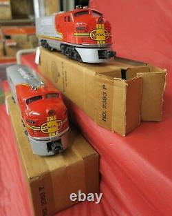 LIONEL POSTWAR BOXED 2383AA SANTA FE F3's IN UNRUN CONDITION