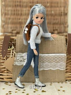 Limited Edition Ice Skater Sindy BNIB With Change Of Outfit! Mint Condition