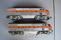 Lionel Post-War #2345 F3 Western Pacific Diesel AA Units Good Condition (Rare)