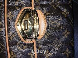Louis Vuitton Limited Edition Etoile Monogram Canvas Clutch Great Condition