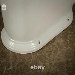 Mellowes & Co. Ltd Radial Outlet Toilet Pan WC in Great Condition