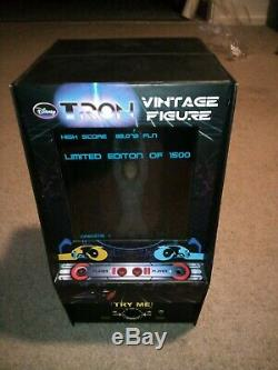 Tron Arcade SDCC 2010 Exclusive limited edition of 1500 Disney Great Condition