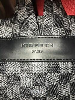 Authentique Sac À Dos Louis Vuitton Grande Condition