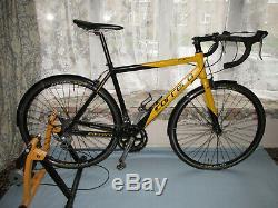 Carrera Ltd Tdf. Route / Travail / Hiver Vélo. Condition Excellente. Gardes Aménagée