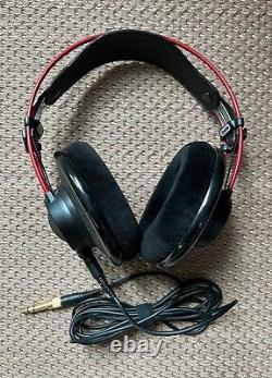 Casques D'écoute Akg K7xx Massdrop Edition Rouge Limitée En État Mint