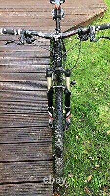 Cube Ltd Mountain Bike Excellent État
