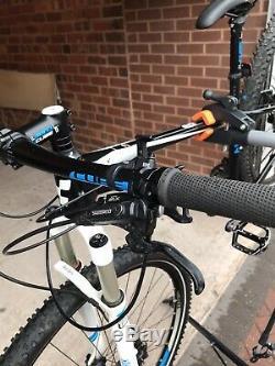 Cube Ltd Pro 29er Hardtail Mountain Bike 15 Pouces Cadre Excellent État