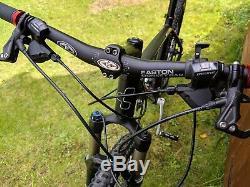 Cube Ltd Team Mountain Bike 18 Cadre, 26 Roues Très Bon État