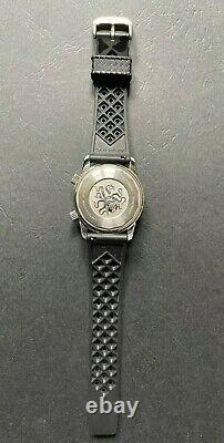 Dan Henry 1970 40mm Edition Limitée Gris Excellent État