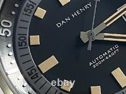Dan Henry 1970 44mm Edition Limitée Gris Excellent État