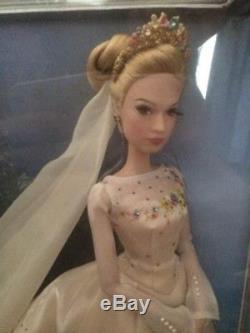 Disney Cendrillon Édition Limitée Poupée De Mariage Un / 500 État Neuf
