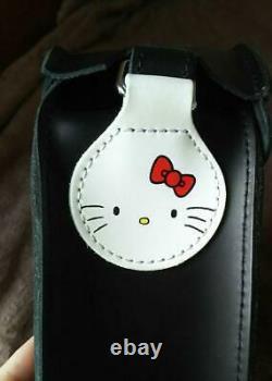 Dr Martens Hello Kitty Sac À Bandoulière En Forme De Coeur Limité Nouveau