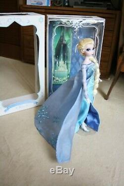 Elsa Snow Queen Edition Limitée Disney Magasin De Poupées Avec La Boîte Parfait État