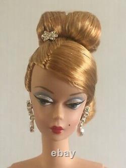 Fao Exclusive Joyeux 2004 Barbie Fashion Doll Ltd. Ed. Excellent État