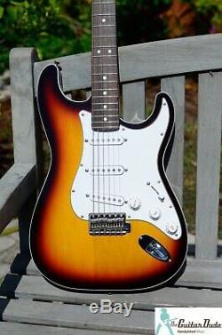 Fender Limited Edition Aerodyne Stratocaster 3 Tone Sunburst -mint Condition Mij
