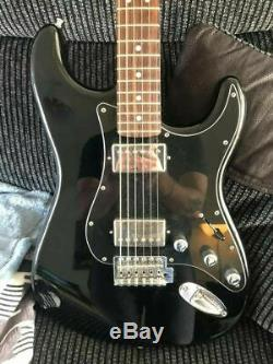 Fender Limited Edition Blacktop Stratocaster Excellente Condition Gloss Black