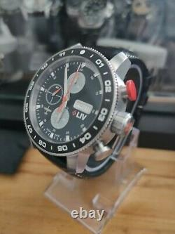 LIV P-51 Limited Edition Watch En État Immaculé Avec Bracelet Supplémentaire