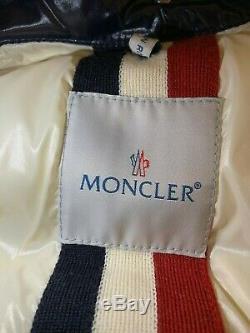 Moncler Branson Taille 5 (us Large) Marine (preowned) Excellent État