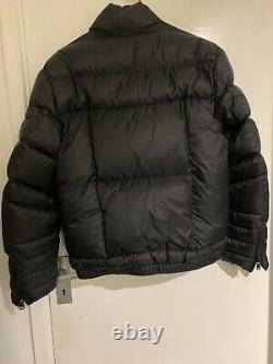 Prada Goose Down Nylon Puffer Jacket Noir 46 Small. Excellent État