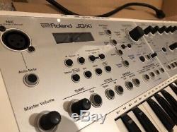 Synthétiseur Roland Jd-xi Édition Limitée, Blanc, Emballé En Parfait État, Complet
