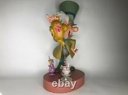 Tres Rare 2005 Disney Mad Hatter Big Figure Limited Edition Impeccable