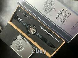 Ultra Rare Ltd Edition Récipient Authentique Porsche 911 Montre En État De Menthe