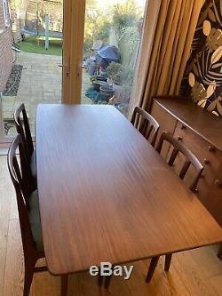 Un Jeune Ltd Bahut, Afromosia Table À Manger Et 4 Chaises. Condition Incroyable