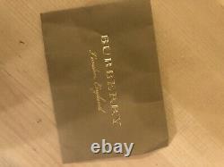 Véritable Écharpe En Cachemire Burberry, Red Hearts Limited Edition Great Condition